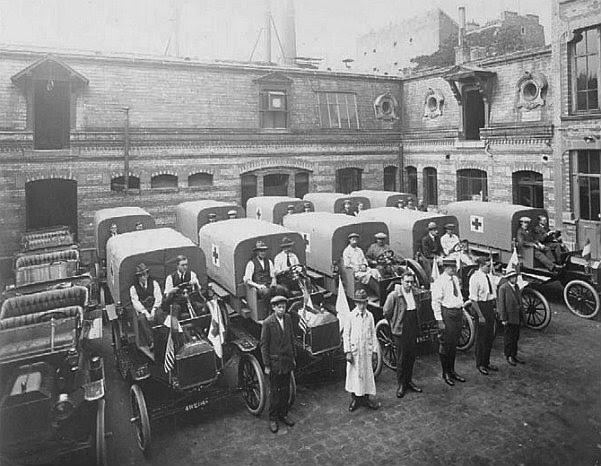 100 лет столичной скорой помощи